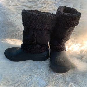 Crocs Black Faux Fur Winter Snow Boots WMNs Sz 7